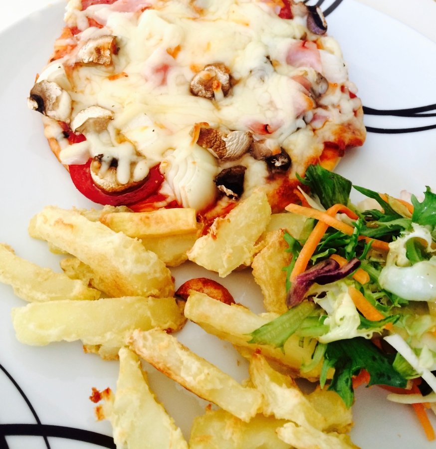 Mini Pizza and Oven-Baked Chips