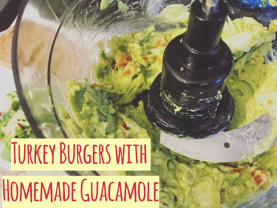 RECIPE: Turkey Burgers with Homemade Guacamole | #ThisGirlEats