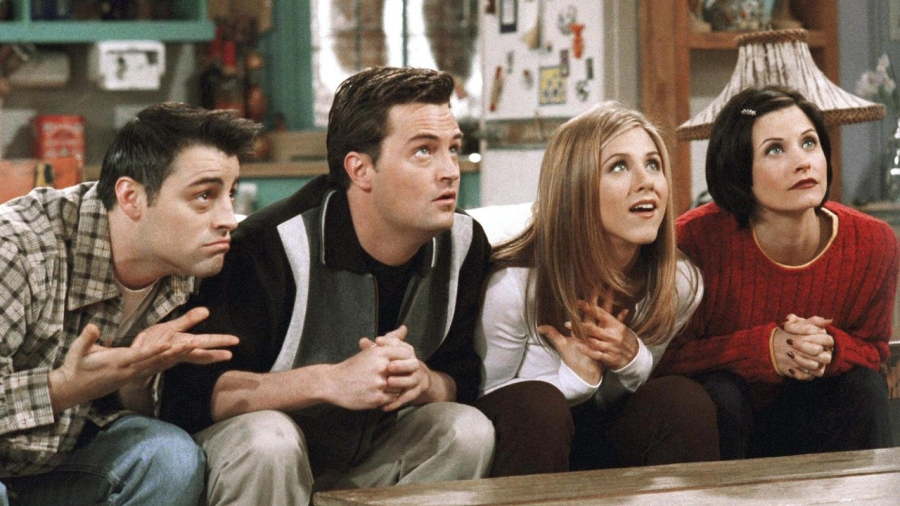 How Watching 'Friends' Gave Me a Totally Unrealistic Idea of Adulthood – But Still Made Me Feel Like I'm Doing Okay | #ThisGirlEats