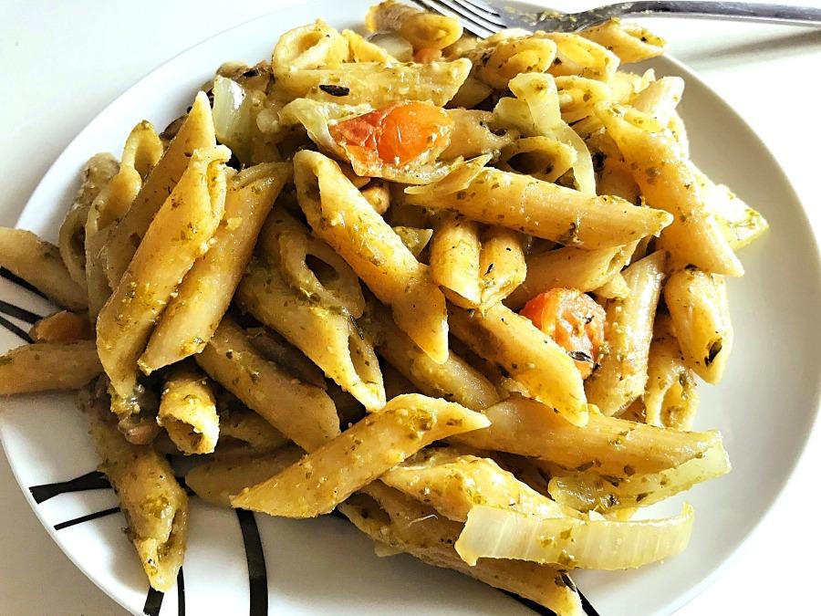 RECIPE: Mushroom Pesto Pasta |#ThisGirlEats