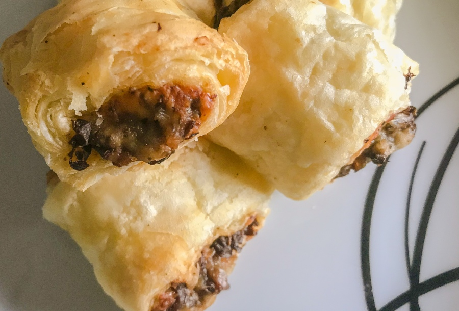 RECIPE: Mushroom Rolls (Sausage Roll Alternative) | #ThisGirlEats