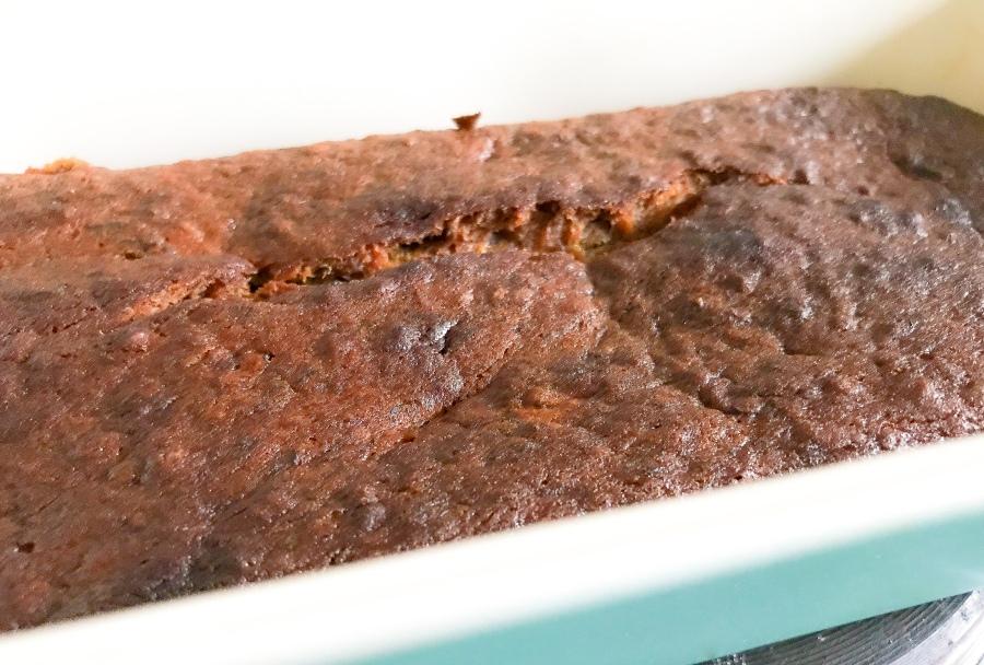 RECIPE: Vegan Chocolate Button Banana Bread |#ThisGirlEats